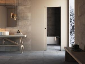 Porte scorrevoli filomuro per il bagno: tutti i vantaggi della semplicità